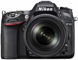 Accessories for Nikon D7100
